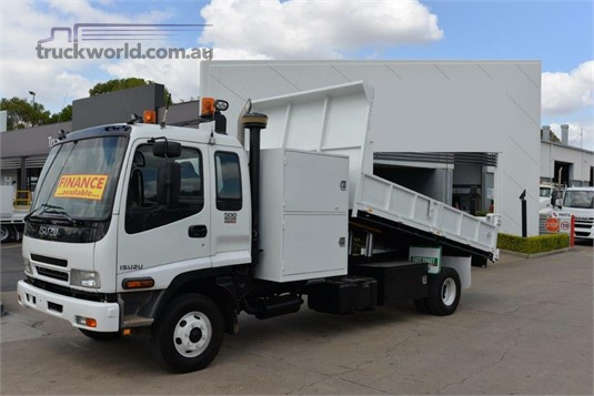 2006 Isuzu FRR 500 - Trucks for Sale
