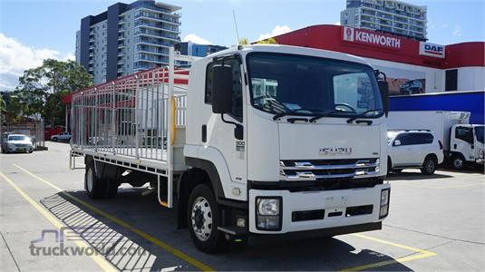 2014 Isuzu FSR - Trucks for Sale