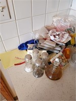 Contents Of Counter Top (s&p Shakers & Salad Set)