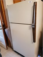 Amanda 18 Energy Saver Refrigerator