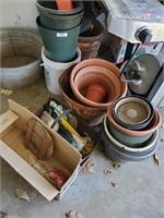Baskets - Flower Pots - Planting Misc