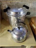 Large Pressure Cooker - Teapot