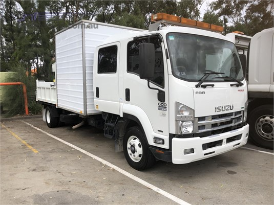 2013 Isuzu FRR - Trucks for Sale