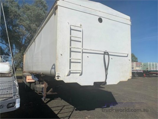 2011 Moore TIPPER  - Trailers for Sale