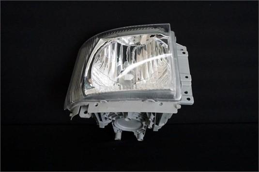 0 Isuzu F Series RH Manual Adjust Headlight - Parts & Accessories for Sale