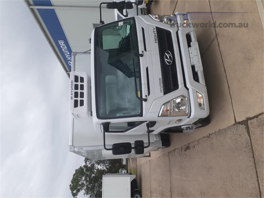 2019 Hyundai Mighty EX4 MWB Factory Chiller - Trucks for Sale