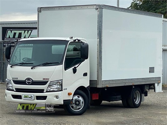 2015 Hino 300 Series 616 Auto National Truck Wholesalers Pty Ltd - Trucks for Sale