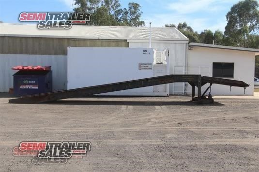 Custom Low Loader Trailer Semi Trailer Sales - Trailers for Sale