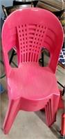 1 Wicker & 4 Plastic  Lawn Chairs