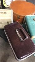 4 Vintage Travel Cases