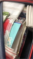 4 Traveling Cases With Linen Contents