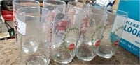 8 Coca- Cola Christmas Glasses