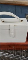 Jewelry  Boxes, Dresser  Boxes, Mirrors & Misc