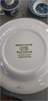 Currier And Ivies Dish Set, (12 Plates, 2 Bowls ,