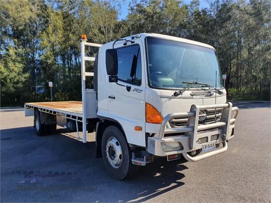 2004 Hino FG - Trucks for Sale