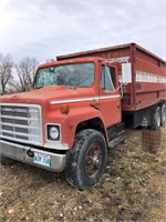 Heavy Duty Trucks - Farm Trucks / Grain Trucks 198