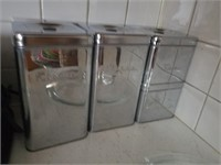 Liquid Measuring Cups, Toaster, Fire Ext & Misc