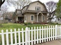 5 BR ~ 2.5 BA HOUSE IN ANTHONY KS - 516 N SPRINGFIELD