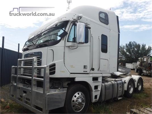 2010 Freightliner Argosy - Wrecking for Sale