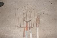 sileage fork, 3 tine forks, & antique brush knife