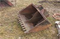 """36"""" 2-Pin Backhoe Bucket"""