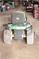 John Deere L120 Automatic Hydrostatic Riding Mower