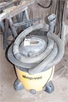 Shopvac w/ hoses & attachments