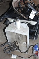 Hydroponic equipment - grow lights