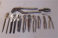 12pc Adjustable Jaw Pliers