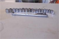 "20pc Craftsman 3/8"" dr Metric Sockets & Breaker"