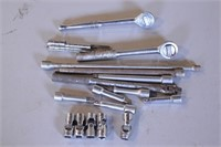 """17pc 3/8"""" Drive Ratchets, Extensions & Swivels"""