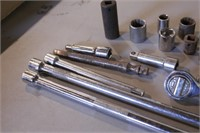 """40pc 3/8"""" Drive Ratchets, Extensions & Adapters"""