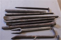 13pc Tire Spoons, Crowbars, Pickle Fork