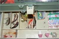 Plano 2 drawer tackle box w/ tackle