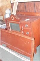 Mahogany 3 Drawer Dresser & Matching Bed Frame