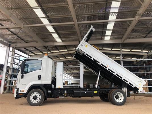 2019 Isuzu FSR - Trucks for Sale