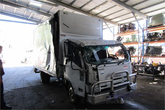 2013 Isuzu NNR - Wrecking for Sale