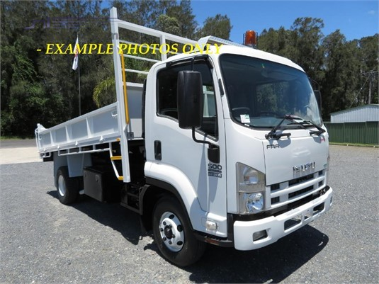 2013 Isuzu FRR 500 AMT - Trucks for Sale
