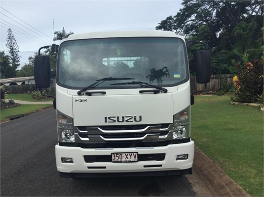 2018 Isuzu other - Trucks for Sale