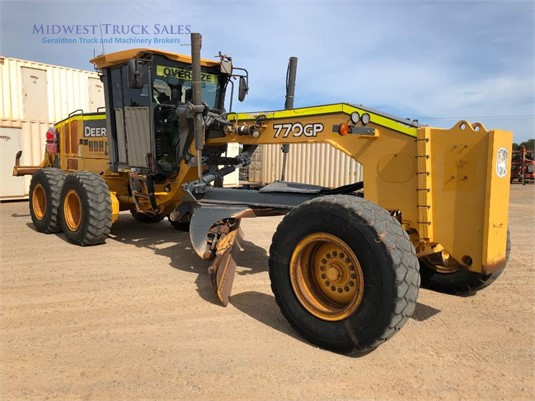 2013 John Deere other Midwest Truck Sales - Heavy Machinery for Sale