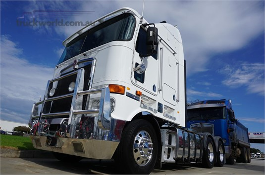 2010 Kenworth other - Trucks for Sale