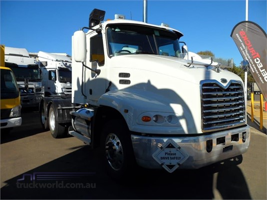 2005 Mack VISION CX613 - Trucks for Sale