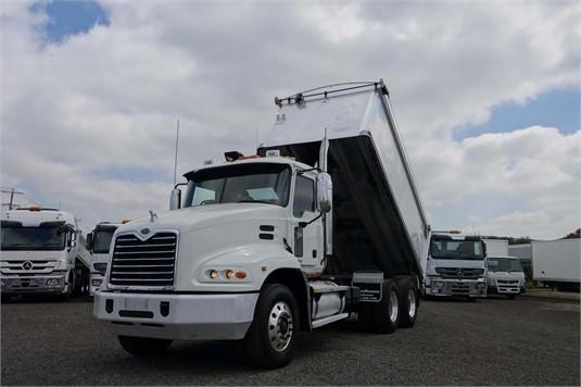 2006 Mack VISION CX613 - Trucks for Sale