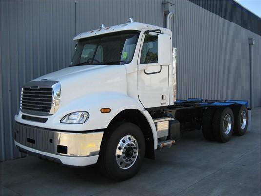 2020 Freightliner COLUMBIA 112 - Trucks for Sale