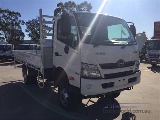 2020 Hino 300 817 - Trucks for Sale