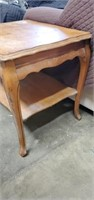 Light Wooden Queen Ann Style Side Table