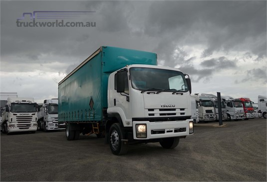 2009 Isuzu FVD - Trucks for Sale