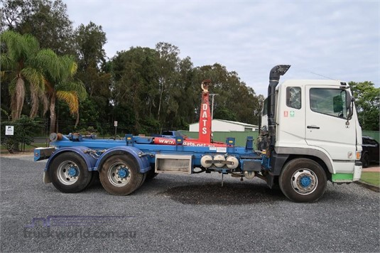 2010 Fuso FV51 - Trucks for Sale