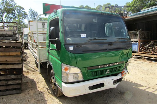 2009 Mitsubishi Fuso CANTER 3.0 - Wrecking for Sale