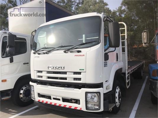2009 Isuzu FTR Gilbert and Roach - Trucks for Sale